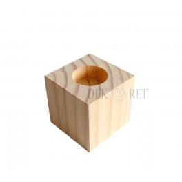 http://dekoret.pl/6302-thickbox_org/swiecznik-kostka-7x7x7-cm.jpg